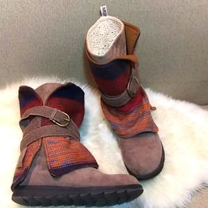 Muk Luks knitted & lace boot